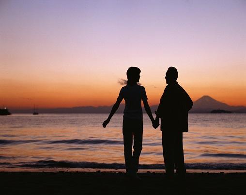 喀秋莎情缘寻觅真爱,浪漫牵手才是未来